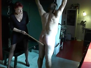 Potent lady whips hes male subjects bit fat butt hard