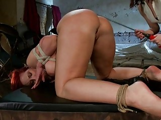 PAWG slave Kelly Divine toyed by lezdom mistress BDSM porn