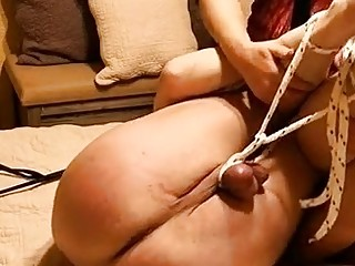 He gets his ass whipped by a dominatrix thick chick