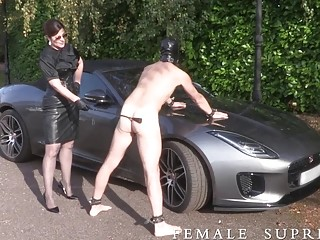 Slave in latex suit gets fucked up her tight ass