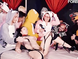 Bondage party with a single girl pleased in front of everyone